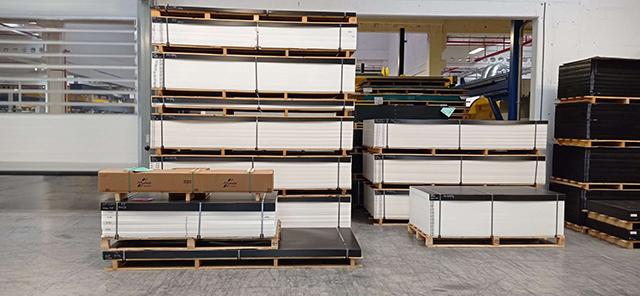 Поставка листовых термопластов